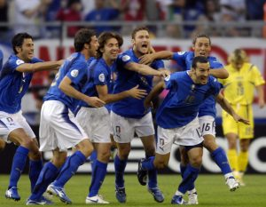 "30 juin 2006, ZAMBROTTA CELEBRATE during the World Cup 2006 quarter final match between Italy of and Ukraine played at ""Arena"" stadium in Hamburg. Photo Claudio Villa/Grazia Neri Agency."